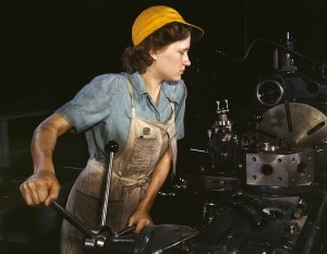 619px-WomanFactory1940s